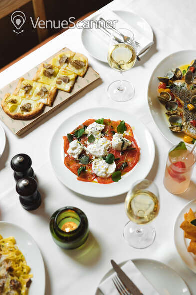 Hire The Italian Greyhound The Garden Room (Private Dining Room & Bar) 28