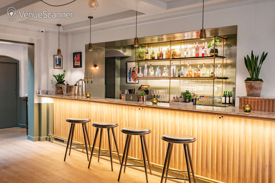 Hire The Italian Greyhound The Garden Room (Private Dining Room & Bar) 37