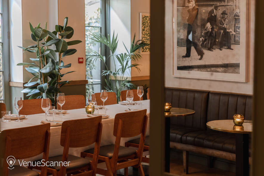 Hire The Italian Greyhound The Garden Room (Private Dining Room & Bar) 23