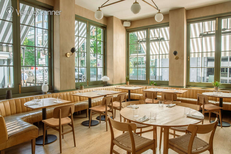 Hire The Italian Greyhound The Garden Room (Private Dining Room & Bar) 4