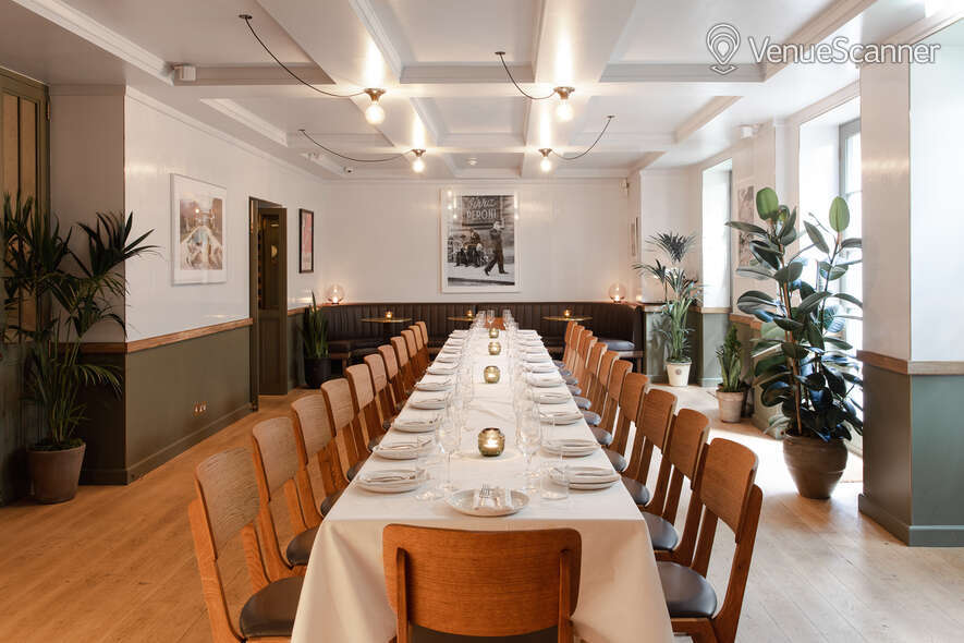Hire The Italian Greyhound The Garden Room (Private Dining Room & Bar)