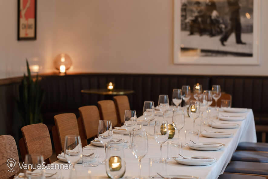 Hire The Italian Greyhound The Garden Room (Private Dining Room & Bar) 22