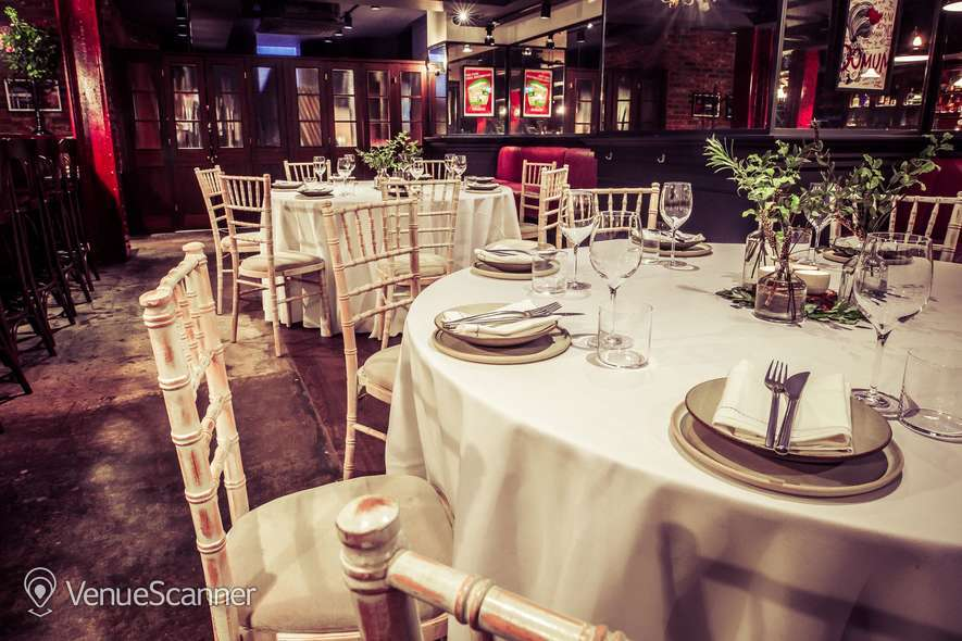 Hire Daffodil Mulligan Saloon Bar - Private Dining 3