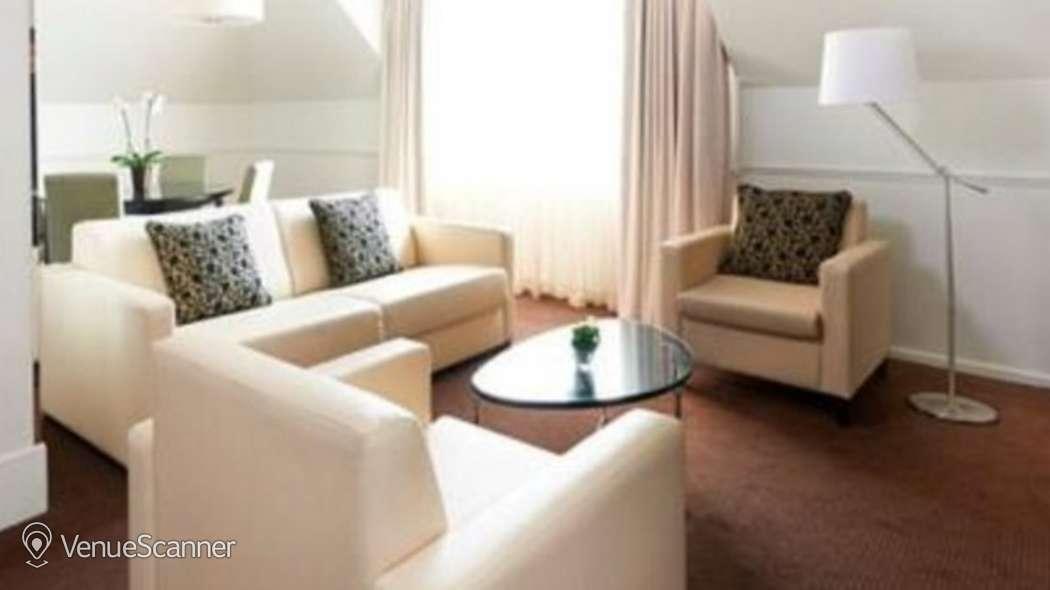 Hire Marriott Hotel Grosvenor Square Eaton Room 4