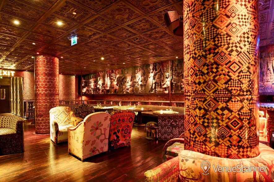 Hire Shaka Zulu Lounge Bar & Champagne Bar 4