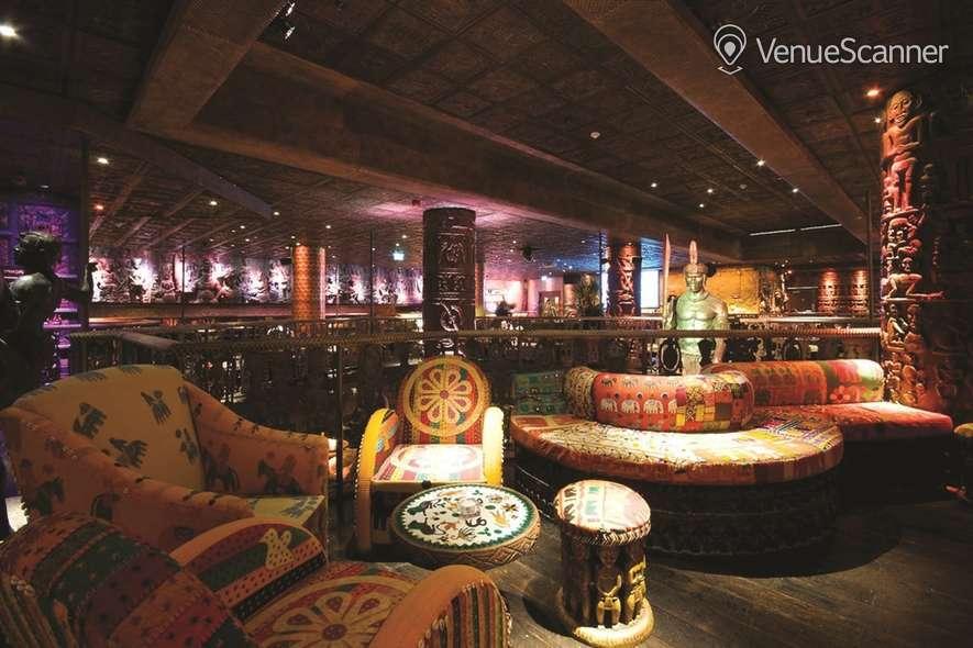 Hire Shaka Zulu Lounge Bar & Champagne Bar 14
