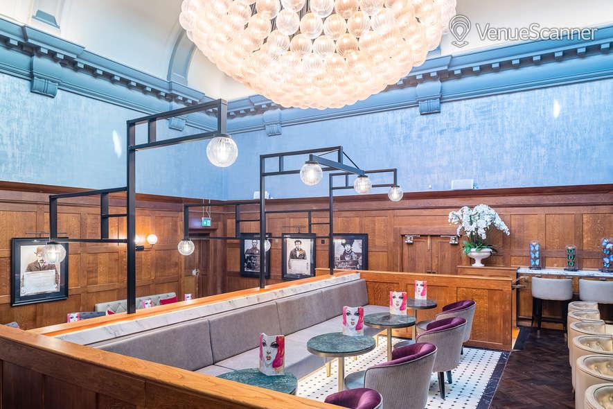 Hire The Dixon, Tower Bridge, Autograph Collection Courtroom Bar 1