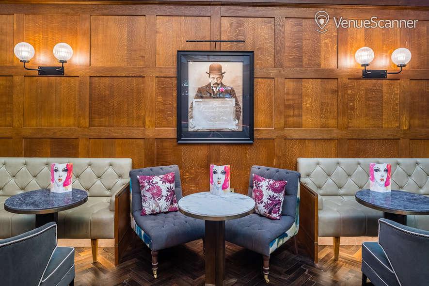 Hire The Dixon, Tower Bridge, Autograph Collection Courtroom Bar 2