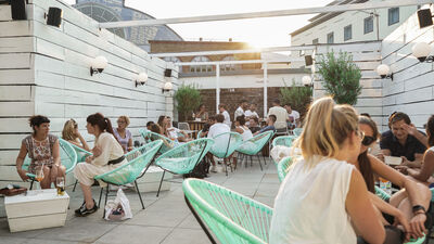 Bubba Oasis, Charming, Intimate & Fully Weatherproof Roof Terrace A Stones Throw From Kings Cross