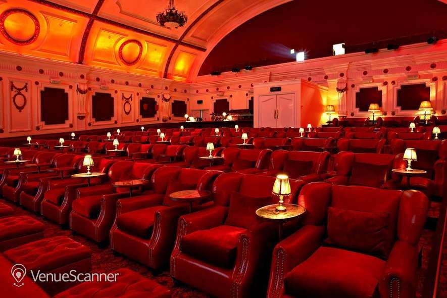buy popular 78fa5 71b85 Hire The Electric Cinema Exclusive Hire ...