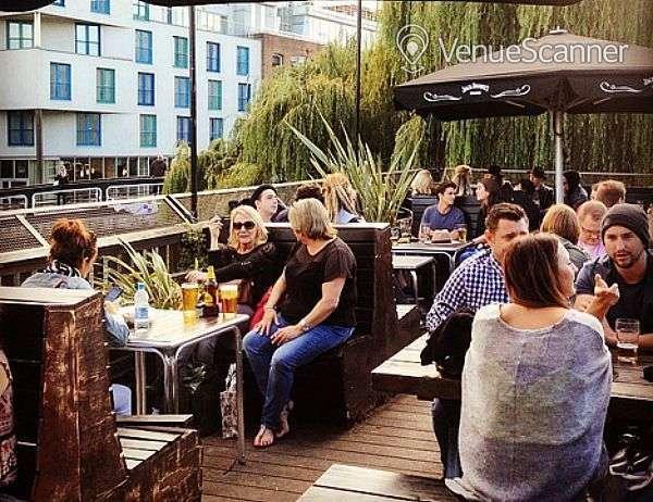Hire Dingwalls Market Bar & Terrace 3