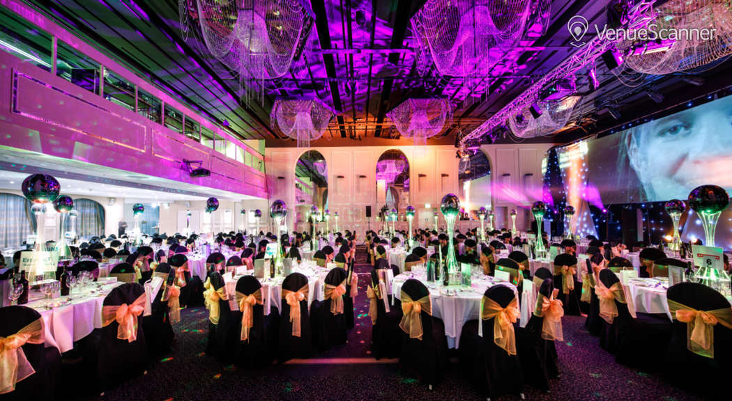 Hire Mercure Manchester Piccadilly The Park Suite 4