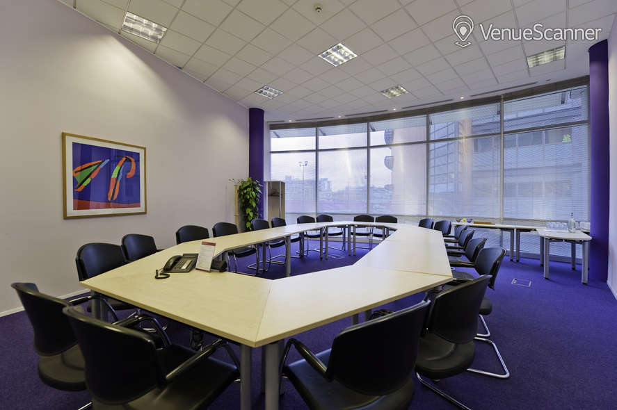 Hire Regus Bristol Temple Quay Brunel