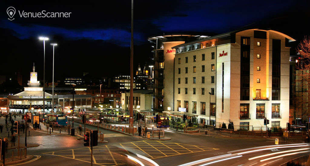 Hire Marriott Liverpool City Centre Hotel Lever 1