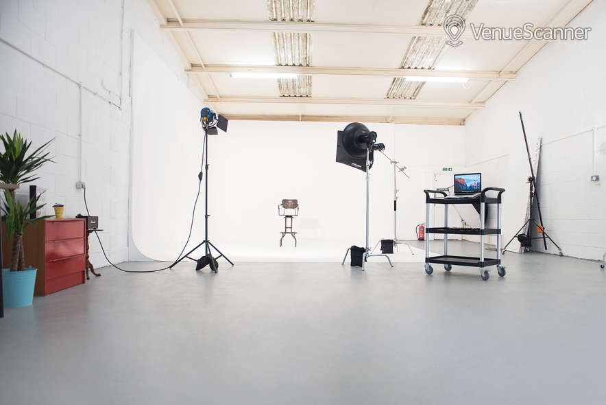 Hire Cb Studio Photography & Film Studio 4
