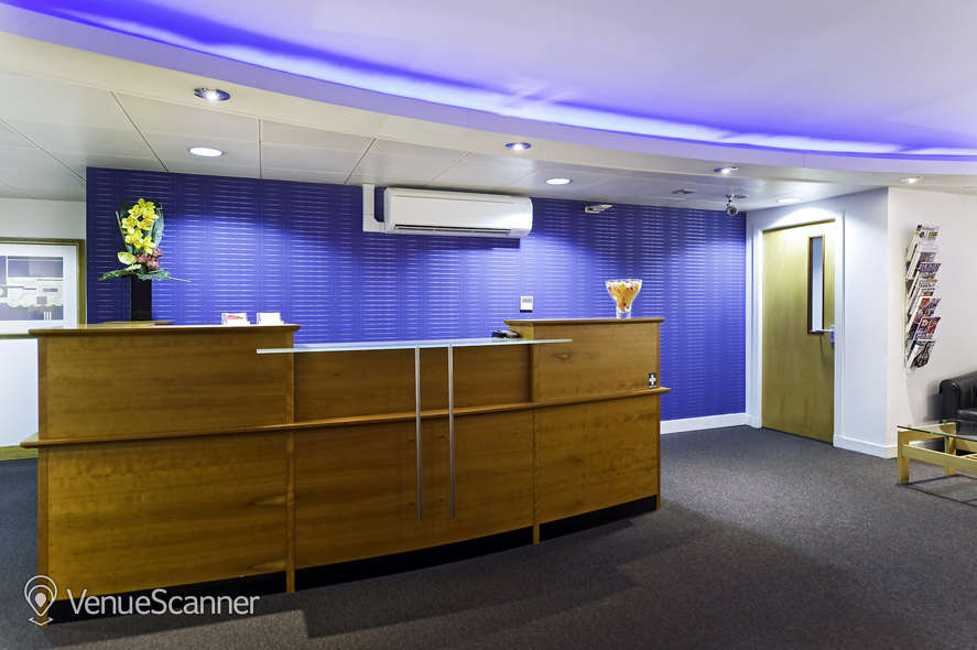 Hire Regus Glasgow West George Street West George 4
