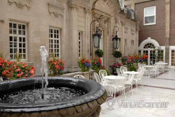 Hire Dartmouth House Courtyard 2