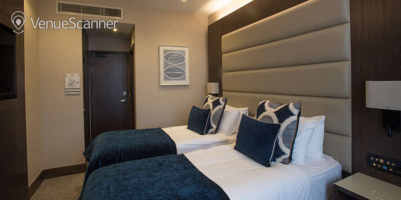 Hire The King's Head Deluxe Double Or Twin Room 1