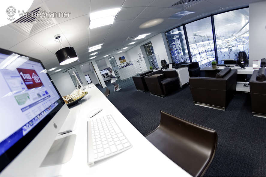 Hire Regus Express Cobham Services | Hoebridge | VenueScanner