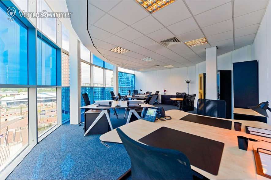 Hire Regus Manchester Digital World Centre Training Room