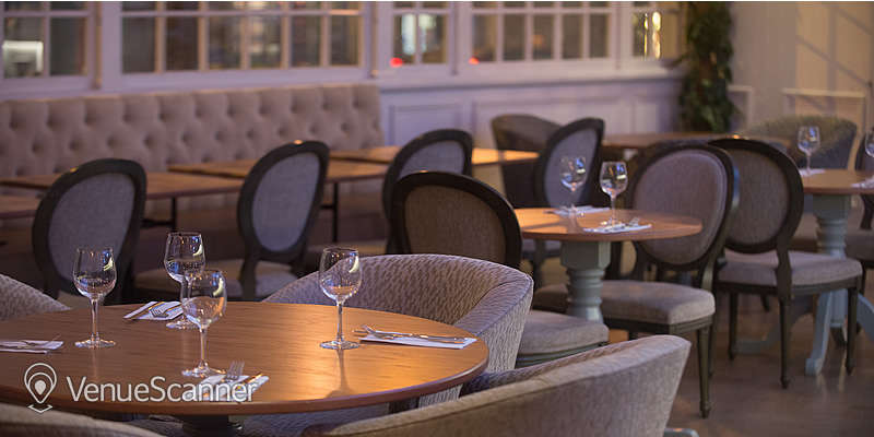 Hire The King's Head Dining And Eating 6