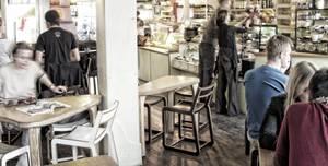 InSpiral Lounge, Lounge Room