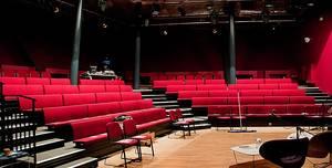 Canada Water Theatre, Auditorium