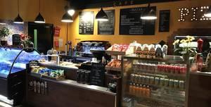 Flip Out Southampton, Cafe