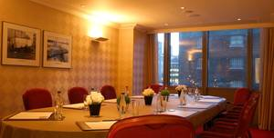 London Marriott Hotel West India Quay, Teak Room
