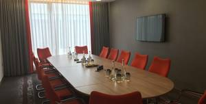 Clayton Hotel Chiswick, Griffin Suite