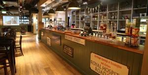 Griff Inn Bar & Kitchen, Main Bar