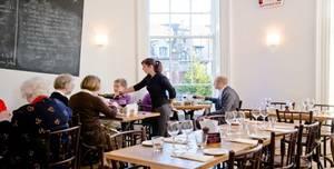 L'escargot Blanc Restaurant, Dining Room