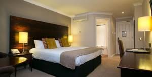 Youngs Dukes Head Hotel, Lavendar Room