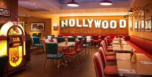 Roadster California Diner, Bar and Dance Floor