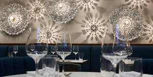 Flora Indica, Restaurant