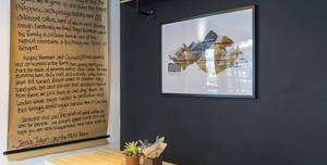 Muni Coffee Company, Coffee Bar & Lounge