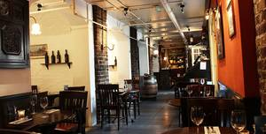 Crusting Pipe - Covent Garden, Crusting Pipe - Full Venue