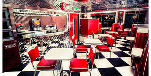 Big Moe's Diner, First Floor Room