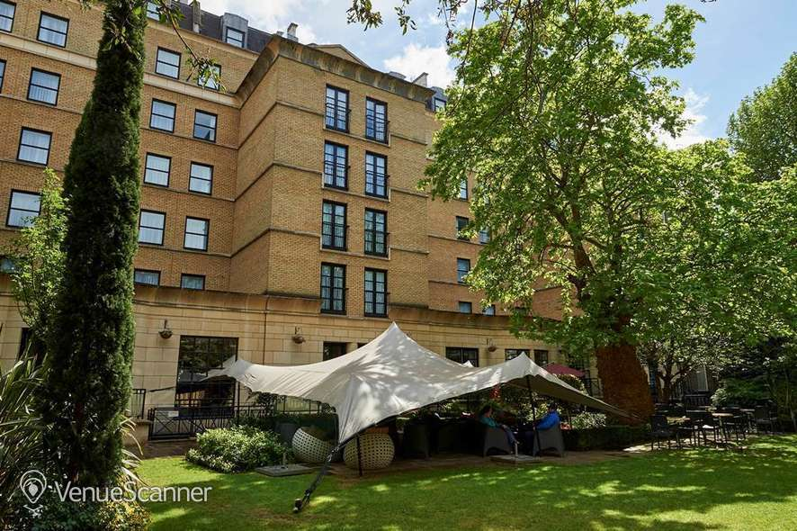 Hire Crowne Plaza London Kensington Cromwell 1 1