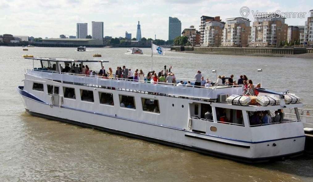 Hire West End on the Thames The Vessel 1