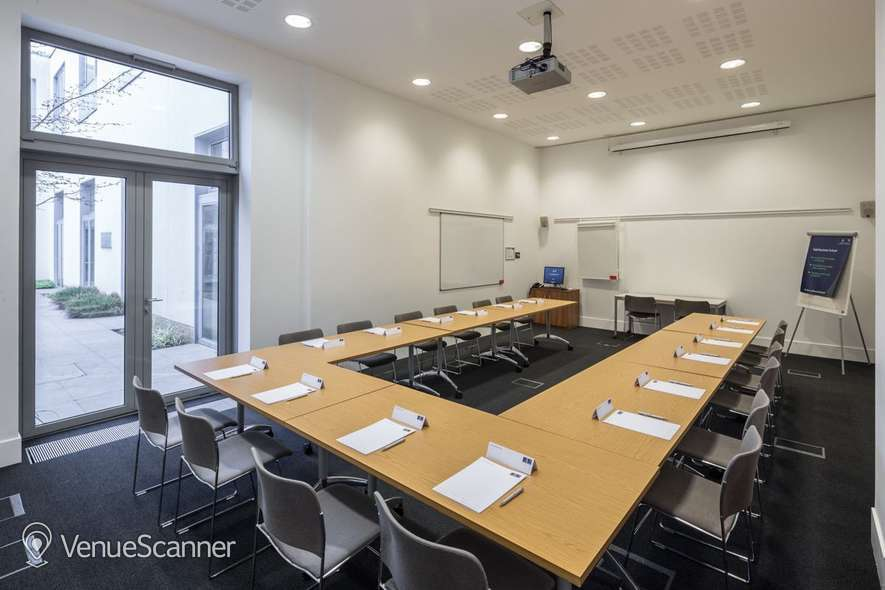 Hire Said Business School: Park End Street Venue Small Seminar Rooms