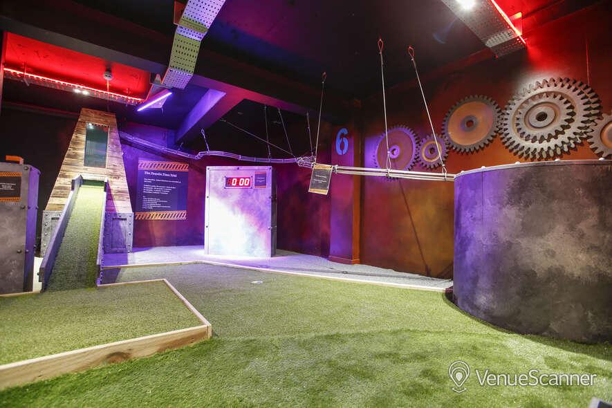 Hire Boom: Battle Bar Cardiff The Golf Bar 2