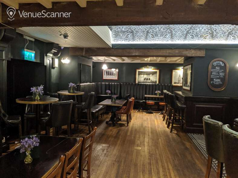 Hire Walkers Of Whitehall Downstairs Bar 2