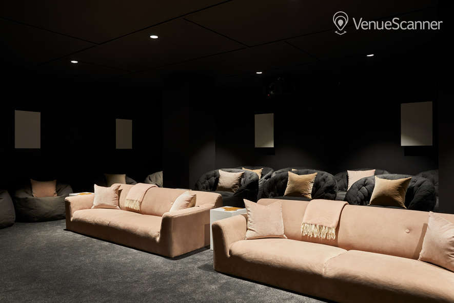 Hire The Collective Venues - Canary Wharf Big Screening Room 2