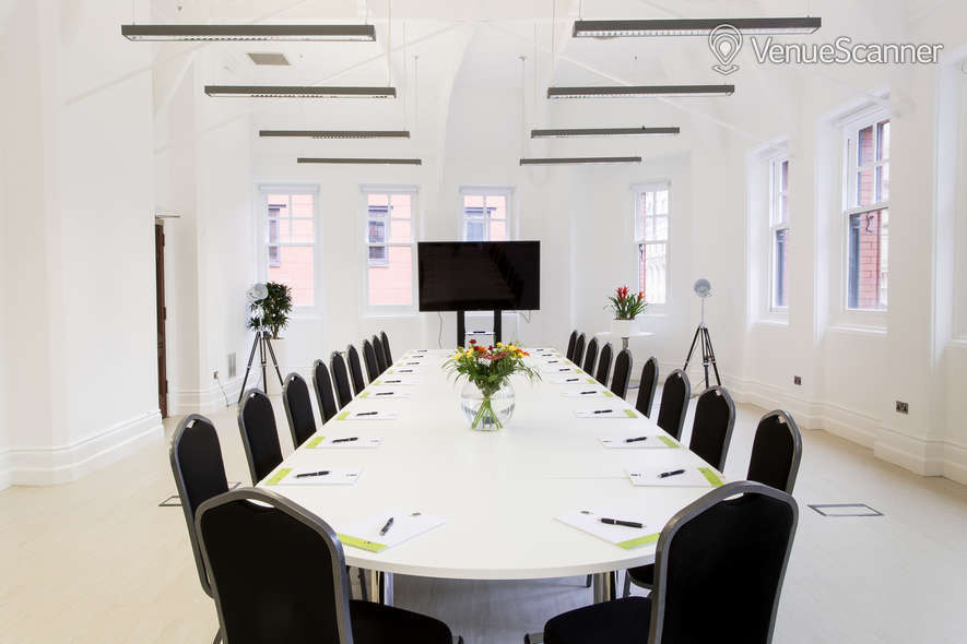 Hire Chamber Space White Room