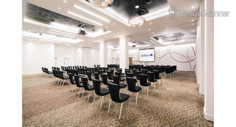Hire Radisson Blu Hotel, Cardiff Blanco Suite 3