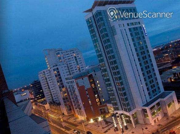 Hire Radisson Blu Hotel, Cardiff Blanco, Rosso & Verde Suite