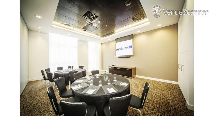 Hire Radisson Blu Hotel, Cardiff Blanco, Rosso & Verde Suite 6