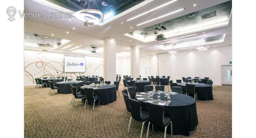 Hire Radisson Blu Hotel, Cardiff Blanco Suite 1
