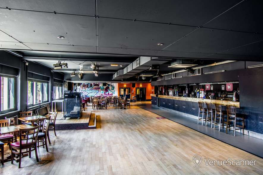 Hire University Of Strathclyde Students Association Barony Bar